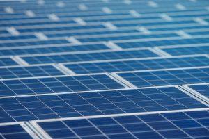 Zonnepanelen reinigen zorgt voor optimale energie productie